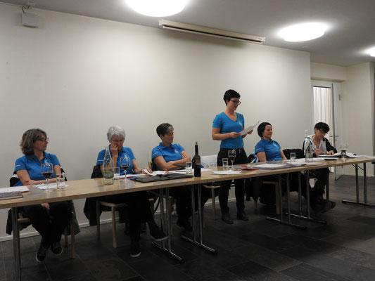 Der Vorstand vl. Claudia Bartholdi,Doris Raschle, Barbara Oertig, Brigitte Süess, Michael Walter, Anneliese Feuz