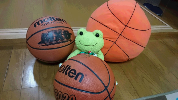 自宅のバスケットボール達