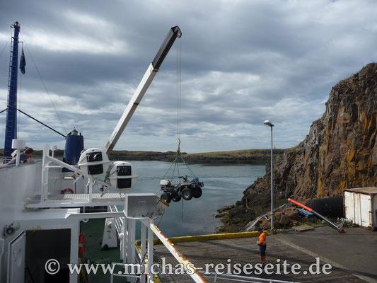 Per Fähre in die West-Fjorde - alles muß mit :-)