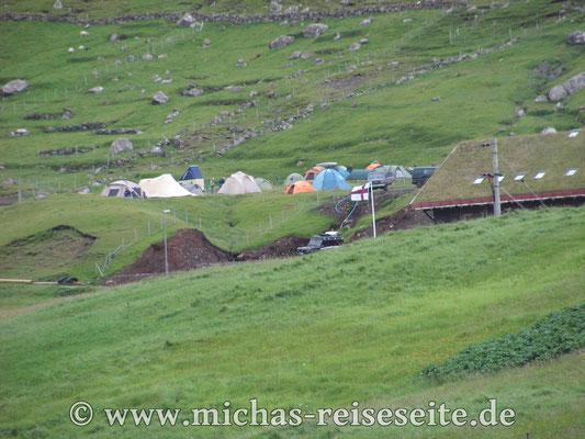 Der beste Campingplatz auf den Farör Inseln in Gjogv