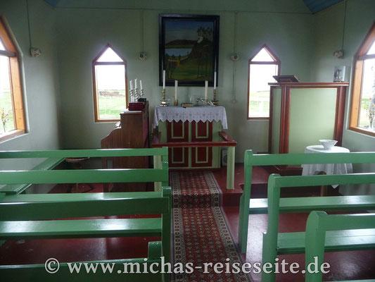 Dorf- oder besser : Hofkirche in Mödhrudalur