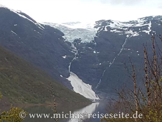 Der Øksfjordjøkelen Gletscher