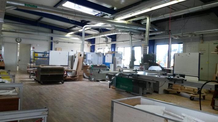 in der Produktionshalle