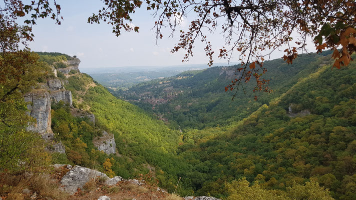 Autoire plus beau village de France près du Cuvier de Saint Martin