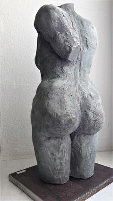 Stehende Maya Franzen