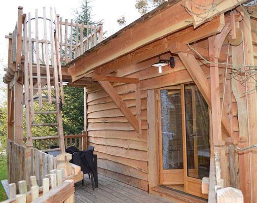 Dormir dans une cabane perché dans les abres en Gironde
