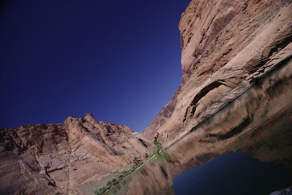 On continue la descente en rafting sur le Colorado. C'est de plus en plus beau !