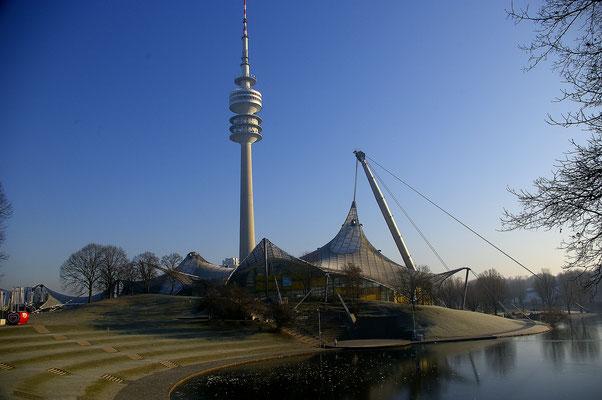 Escalader le toit du parc olympique de Munich