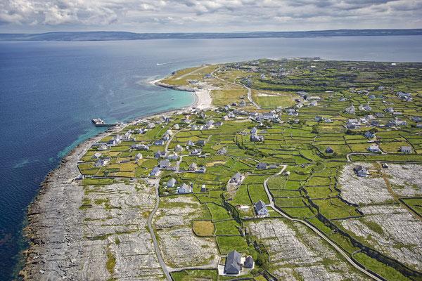 Vue aérienne sur la Wild Atlantic Way - Tourism Ireland - Lukasz Warzecha