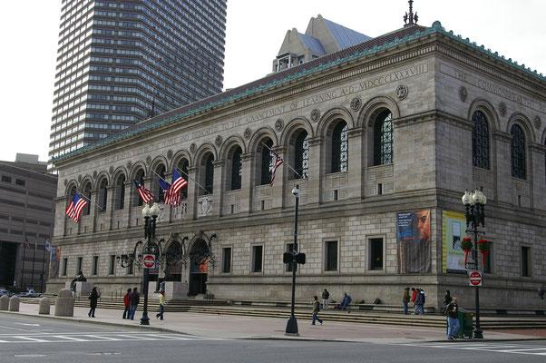 La librairie de Boston. Rentrez découvrir son intérieur !