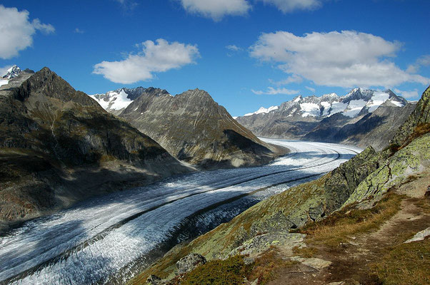 Le Glacier d'Aletsch - By Cristina Del Biaggio (Own work) [CC BY-SA 3.0 (http://creativecommons.org/licenses/by-sa/3.0) or GFDL (http://www.gnu.org/copyleft/fdl.html)], via Wikimedia Commons