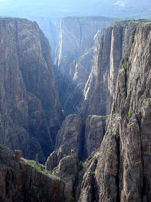 Black Canyon - By Jesse Varner (Self-photographed) [CC BY-SA 2.0 (http://creativecommons.org/licenses/by-sa/2.0)], via Wikimedia Commons