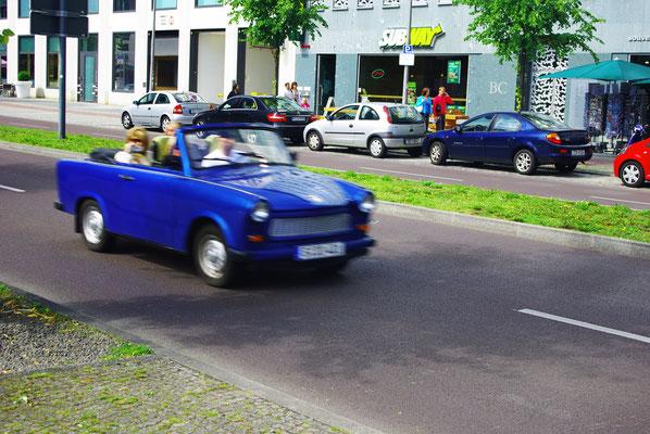 Visiter Berlin en Trabant !  - Source : Trip85.com