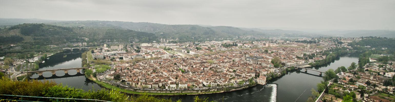 Vue magnifique sur Cahors depuis le Mont Saint-Cyr