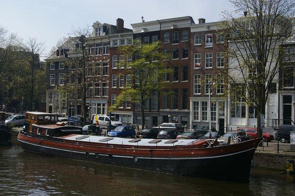 Sur les canaux d'Amsterdam - Copyright : Trip85.com