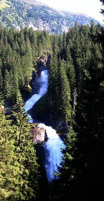 La cascade de Krimml - Par Manuel Heinrich Emha (Travail personnel) [CC BY-SA 2.5 (http://creativecommons.org/licenses/by-sa/2.5)], via Wikimedia Commons