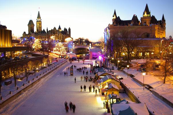 Le Canal Rideau gelé ! Les gens font du patin à glace l'hiver ! Source : Trip85.com