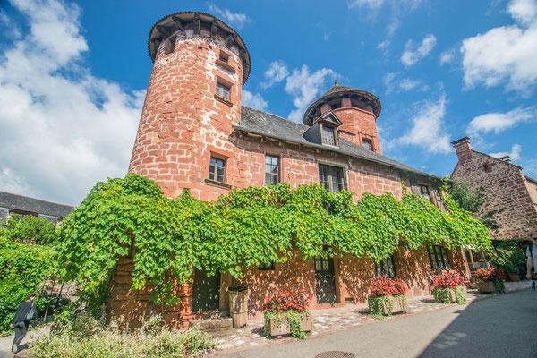 Le village de Collonge-la-Rouge en Corrèze