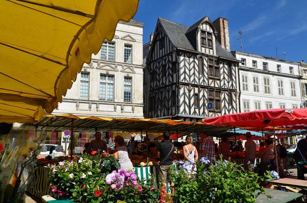 Maison à pans de bois - Francis Giraudon - OT La Rochelle