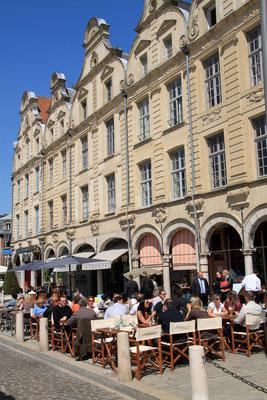 Arras la Place des Héros ©Denis Cordonnier
