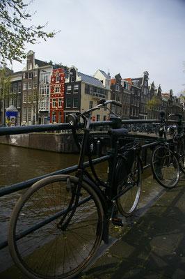 Visiter Amsterdam à vélo  - Copyright : Trip85.com