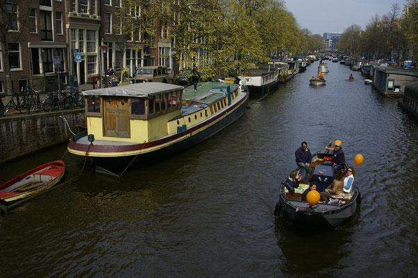 Visiter Amsterdam en bâteau  - Copyright : Trip85.com