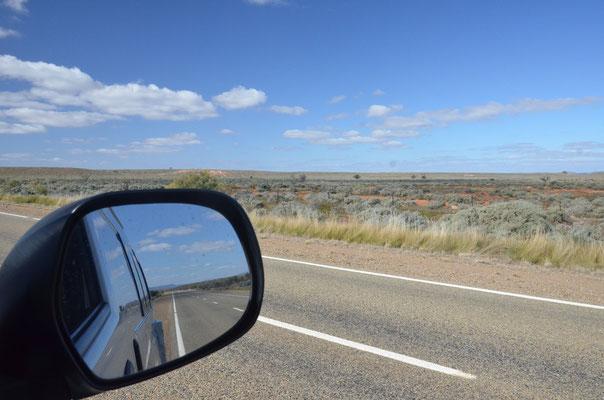 Sur la route vers les Flinders Ranges - CopyRight Trip85.com