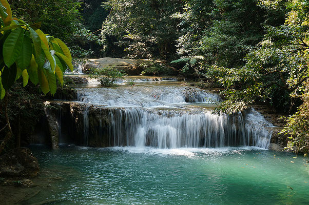 Cascades d'Erawan - Source : Flickr.com /  Andrew and Annemarie