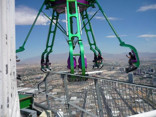 manèges à sensations au sommet du Stratosphere Hotel !