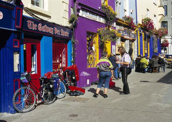 Quay Street à Galway - Tourism Ireland - Derek Cullen