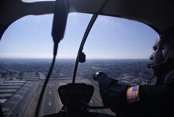 Vue de l'intérieur de l'hélicoptère