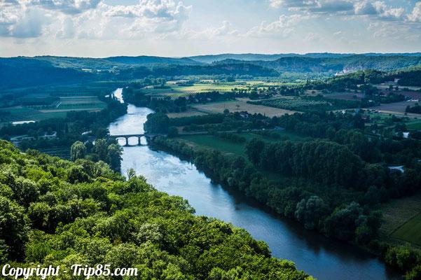 Vue sur la Vallée de la Dordogne depuis Domme