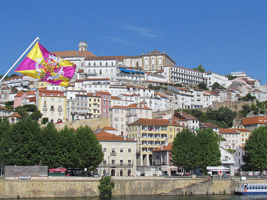 Coimbra - By Marcio (Coimbra) [CC BY 2.0 (http://creativecommons.org/licenses/by/2.0)], via Wikimedia Commons