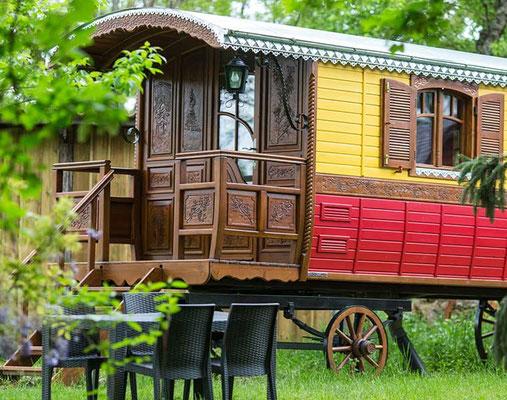 Dormir dans une roulotte en Gironde