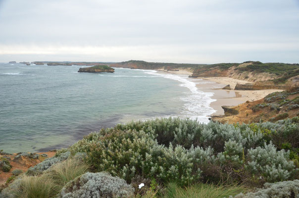 Nice lookout on the coast of Great Ocean Road - CopyRight Trip85.com