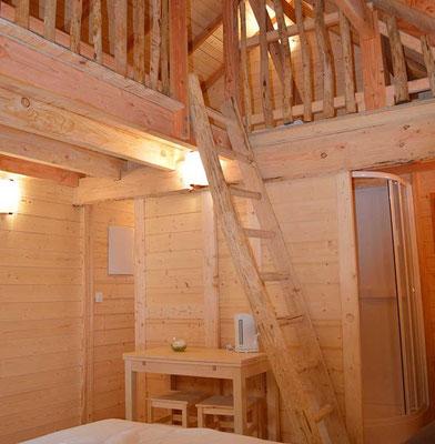 Dormir dans un chateau perché dans les abres en Gironde