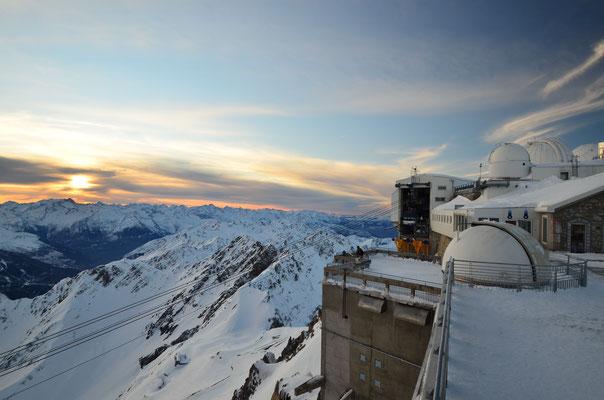 Au sommet du Pic du Midi - Crédit Photo : Trip85.com