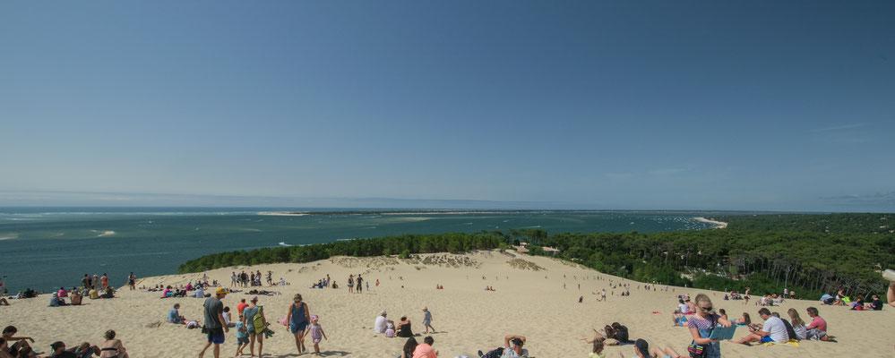 Vue depuis le sommet de la dune du Pilat - Crédit Photo : Trip85.com