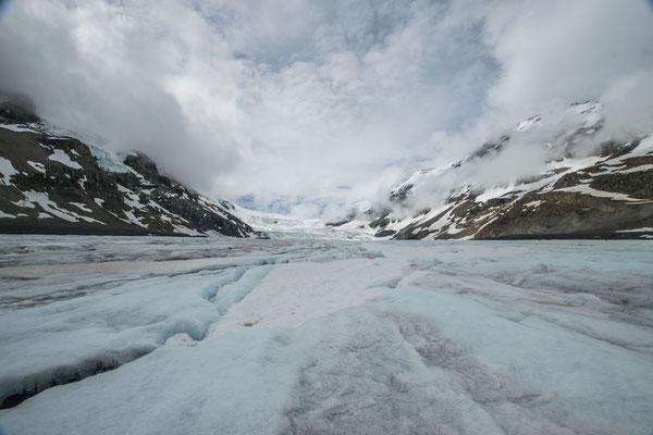 Sur le glacier Athabasca au Canada - Auteur : Trip85.com