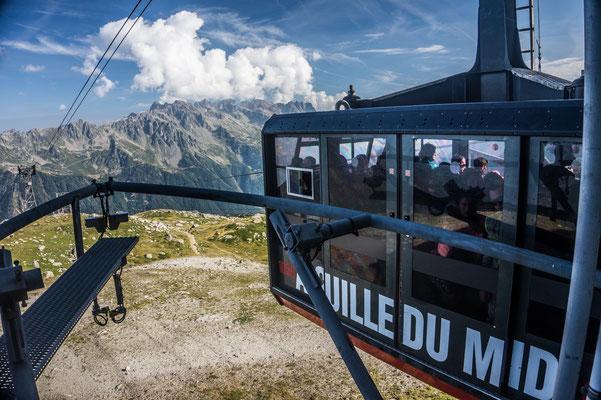 L'aiguille du Midi - Mont-Blanc - Chamonix - Ete