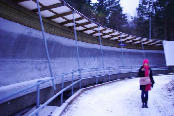 Enorme virage sur la piste olympique de bobsleigh de Lillehammer