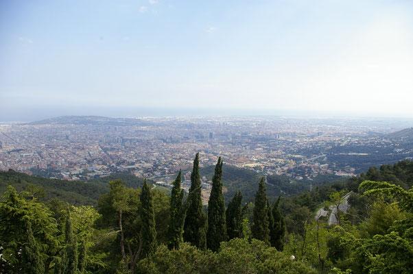Vue sur Barcelone depuis le Mont Tibidabo !