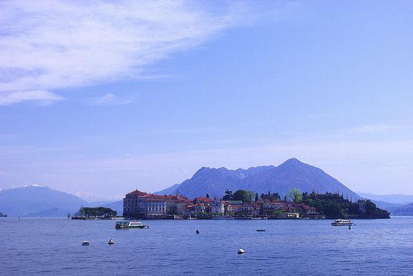Sur le lac majeur ! Absolument Splendide !