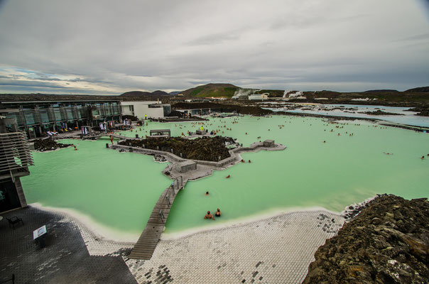 Se prélasser au Blue Lagoon à Reykjavik en Islande - Crédit Photo : Trip85.com