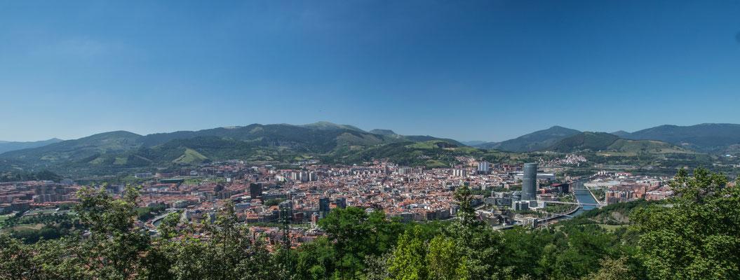 Vue sur Bilbao depuis le sommet du Funiculaire de Bilbao !