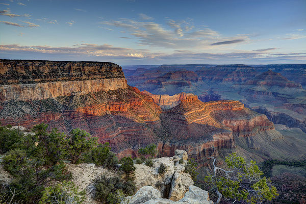Vue sur le Grand Canyon dans l'Ouest Américain - Source : Wikimedia - Crédit Photo : By John Kees (Own work) [CC BY-SA 3.0 (http://creativecommons.org/licenses/by-sa/3.0)], via Wikimedia Commons