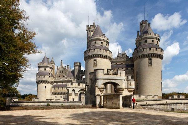 30530 - Château de Pierrefonds HD Copyright : Oise Tourisme / Irwin Leullier