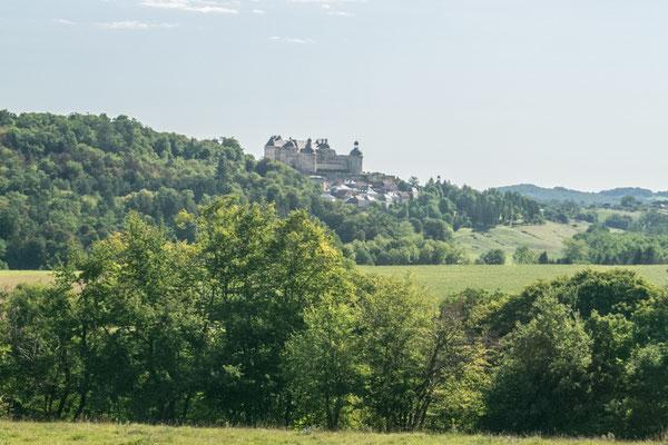Le château de Hautefort dans son ensemble