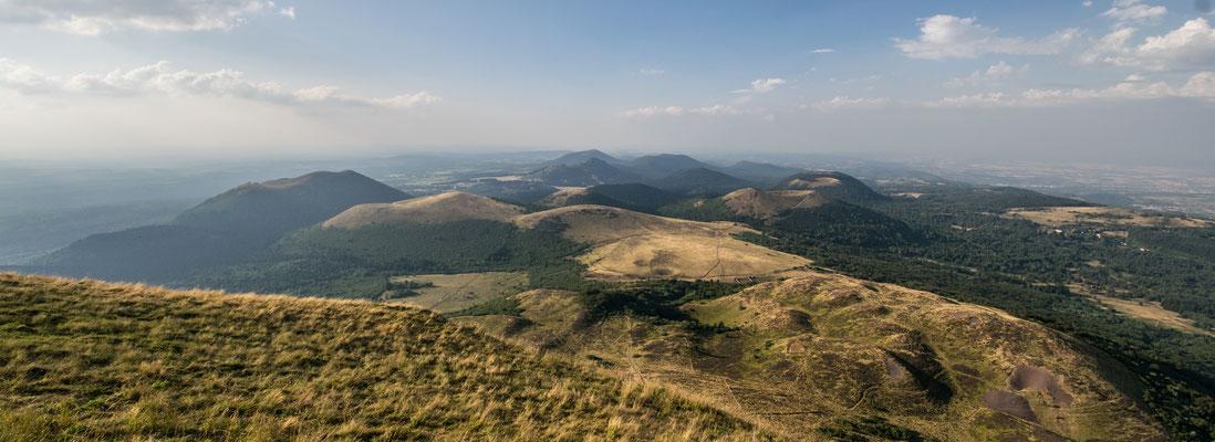 vue sur les volcans d'Auvergne !