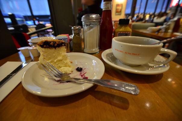 Manger un cheesecake chez Junior's !